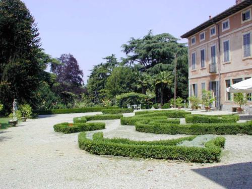 Villa Besana, Sirtori