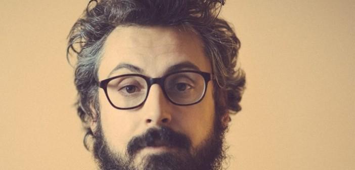 """RADIO FLÂNEUR: """"A casa tutto bene"""" di Brunori Sas. Cantautori alla riscossa: come raccontare la """"generazione di mezzo"""" attraverso le canzoni"""
