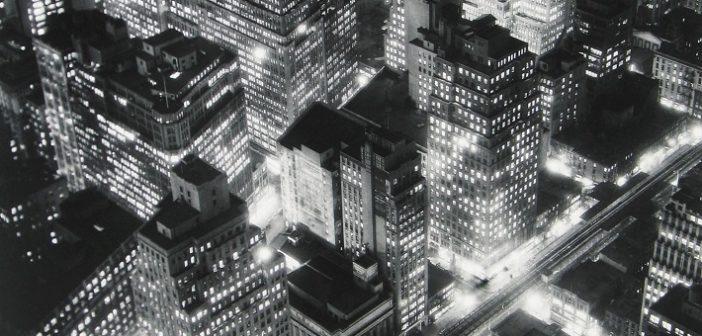 """""""Berenice Abbott. Topographies"""":<br>a Palazzo delle Paure di Lecco 80 scatti della """"fotografa di New York"""""""
