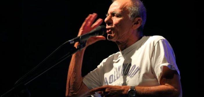 """RADIO FLÂNEUR <br> """"L'infinito"""" al di qua della siepe: il gran ritorno di Roberto Vecchioni"""
